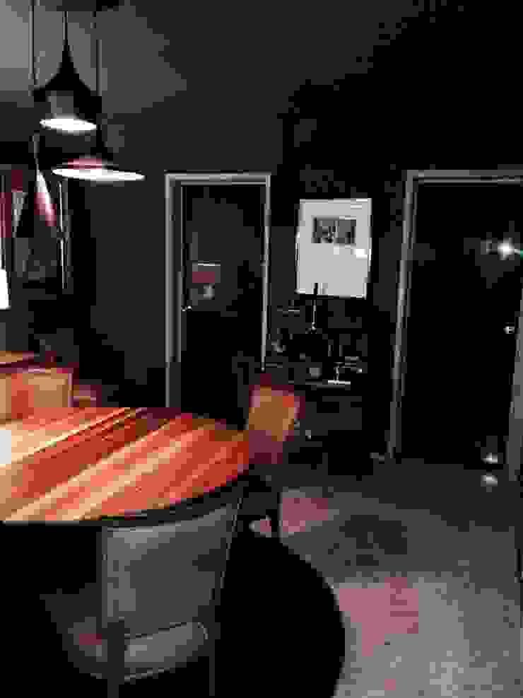 van Pancho R. Ochoa Interiorismo Eclectisch Massief hout Bont