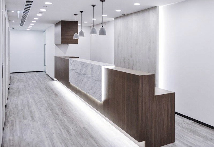 Commercial Design : modern  by The Realizes Co, Modern Wood Wood effect