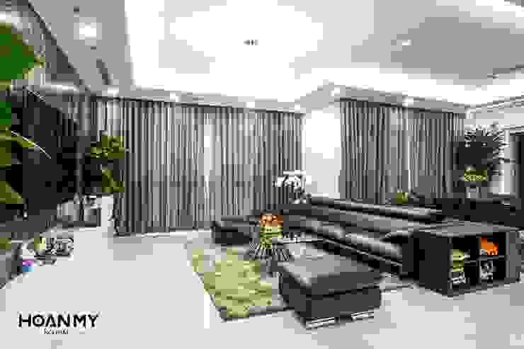 Thương hiệu Nội Thất Hoàn Mỹ 现代客厅設計點子、靈感 & 圖片