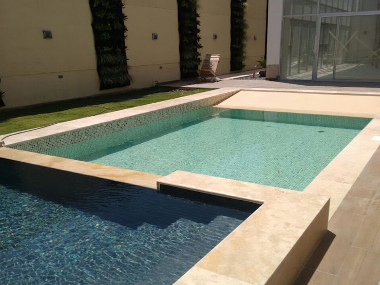 by Premier Pools S.A.S. Modern