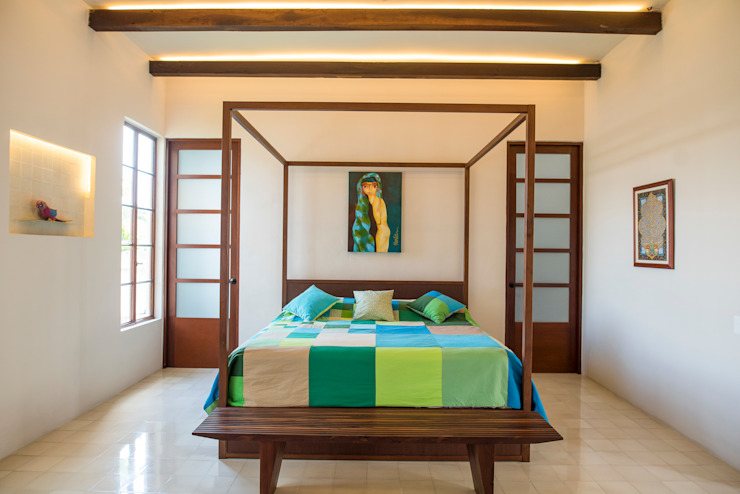 Colonial style bedroom by Taller Estilo Arquitectura Colonial