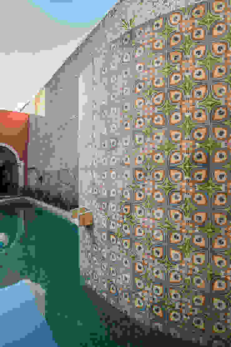 Oleh Taller Estilo Arquitectura Kolonial