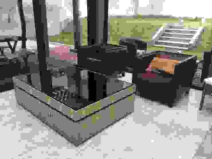 modern  by Pancho R. Ochoa Interiorismo, Modern Wood Wood effect