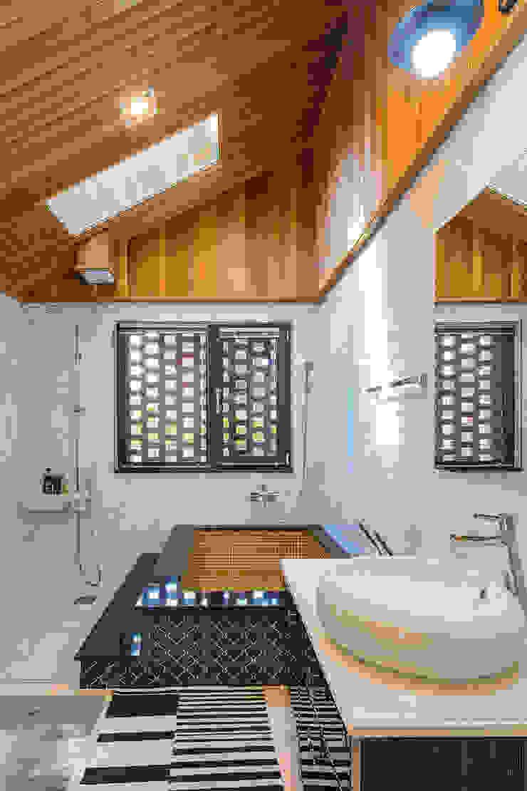 전라북도 익산시 삼기면 기산리 단독주택 신축 모던스타일 욕실 by 바이제로 모던