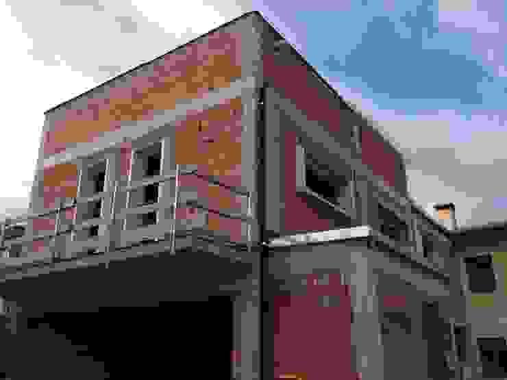 CANTIERE: Ristrutturazione e ampliamento Architetti Baggio Villa a schiera