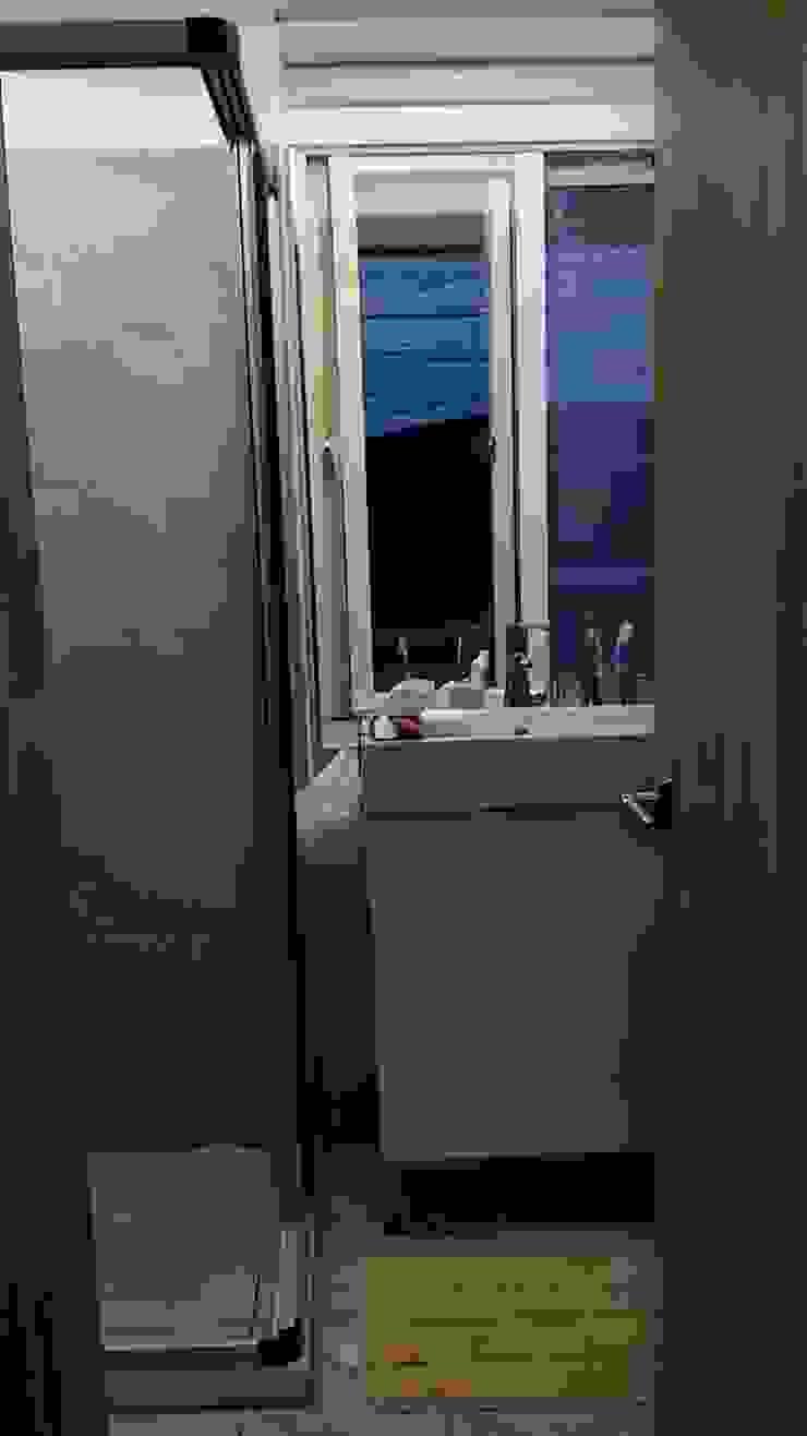 2樓浴室改造後: 斯堪的納維亞  by 懷謙建設有限公司, 北歐風