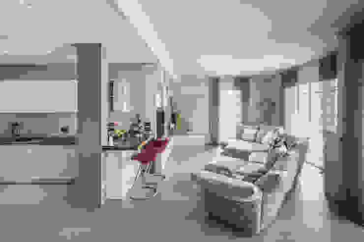 Living Taty House Soggiorno moderno di studiodonizelli Moderno Legno Effetto legno
