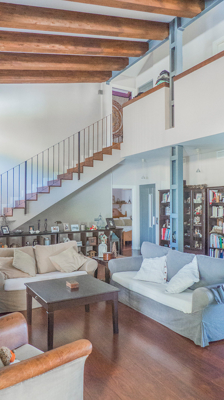 Ruang Keluarga Modern Oleh JoseJiliberto Estudio de Arquitectura Modern
