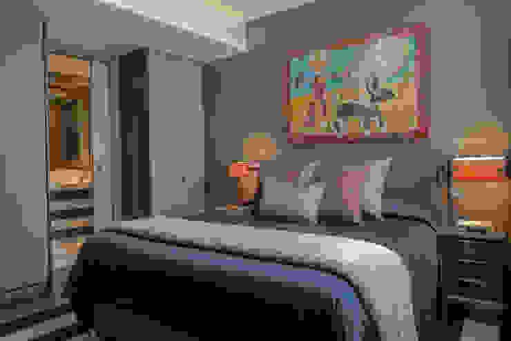 Fitzrovia Apartment - Master Bedroom Roselind Wilson Design Dormitorios de estilo moderno