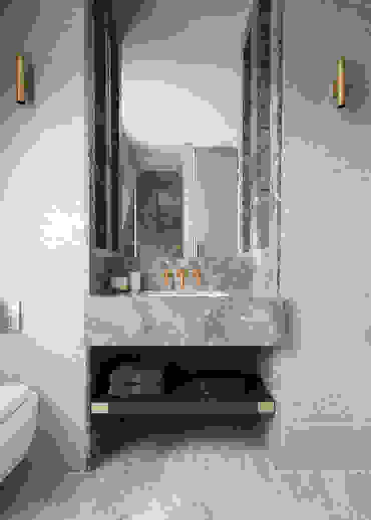 Fitzrovia Apartment - Guest Bathroom Roselind Wilson Design Baños de estilo moderno