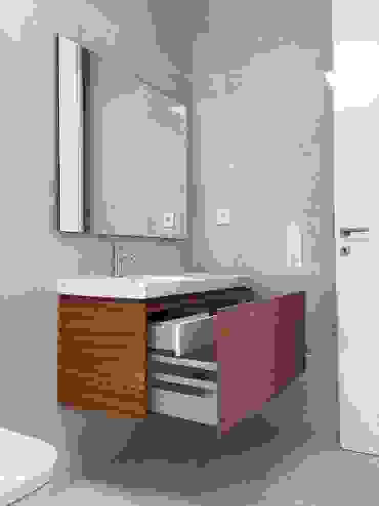 KUUK BathroomMedicine cabinets Wood effect