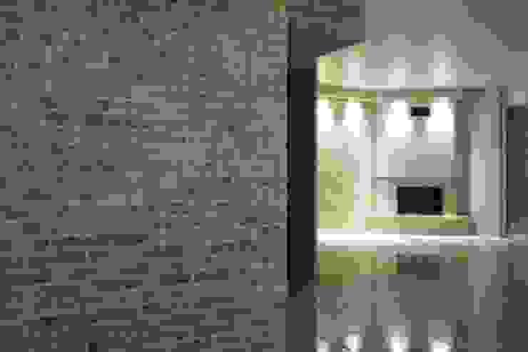 Projects Mediterranean corridor, hallway & stairs by Tepostone South Africa Mediterranean Stone