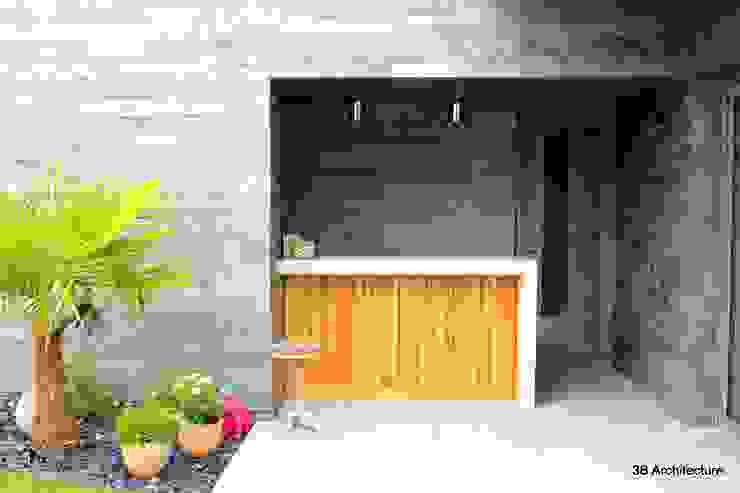 Bar du Poolhouse Balcon, Veranda & Terrasse minimalistes par 3B Architecture Minimaliste Bois Effet bois