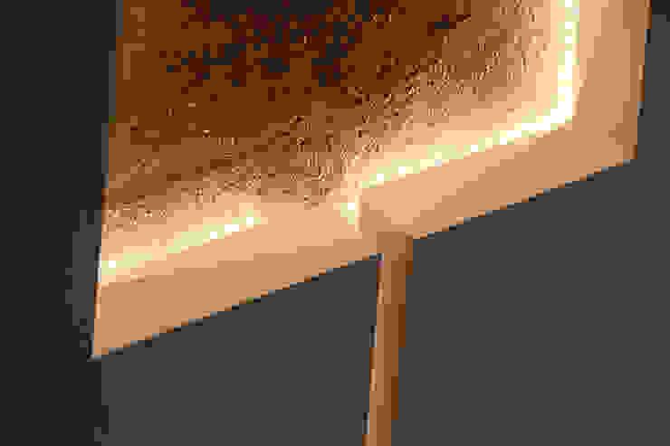 浮光 现代客厅設計點子、靈感 & 圖片 根據 楊允幀空間設計 現代風
