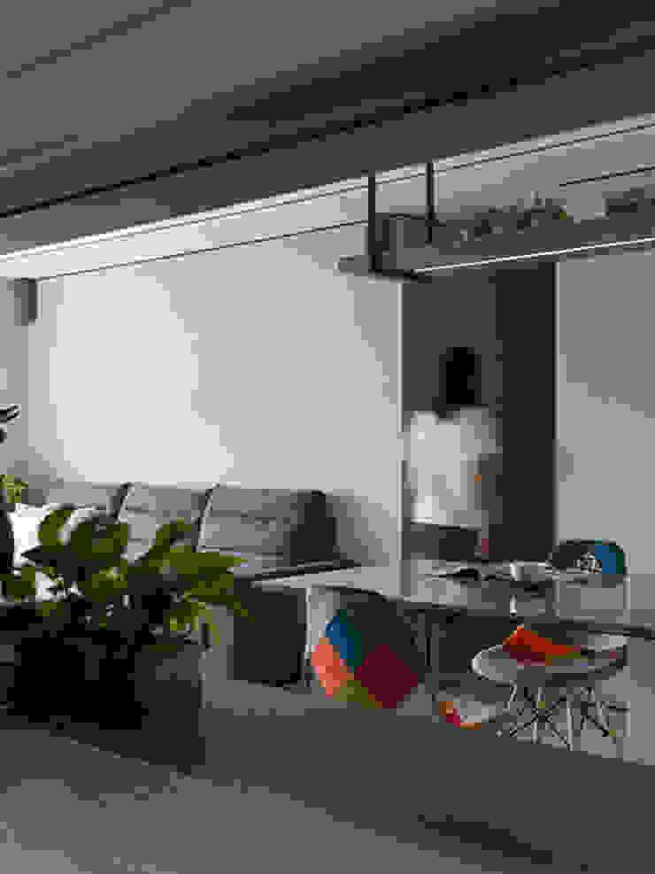 浮光 現代風玄關、走廊與階梯 根據 楊允幀空間設計 現代風