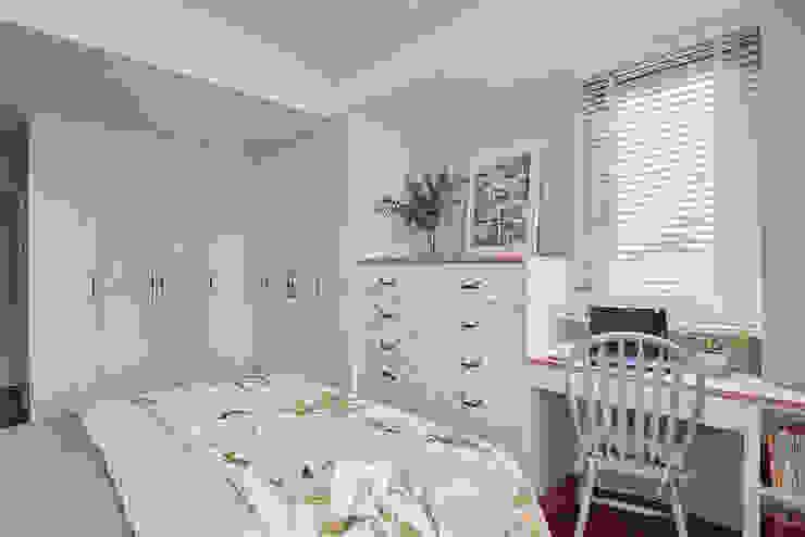 Schlafzimmer im Landhausstil von 芸匠室內裝修設計有限公司 Landhaus