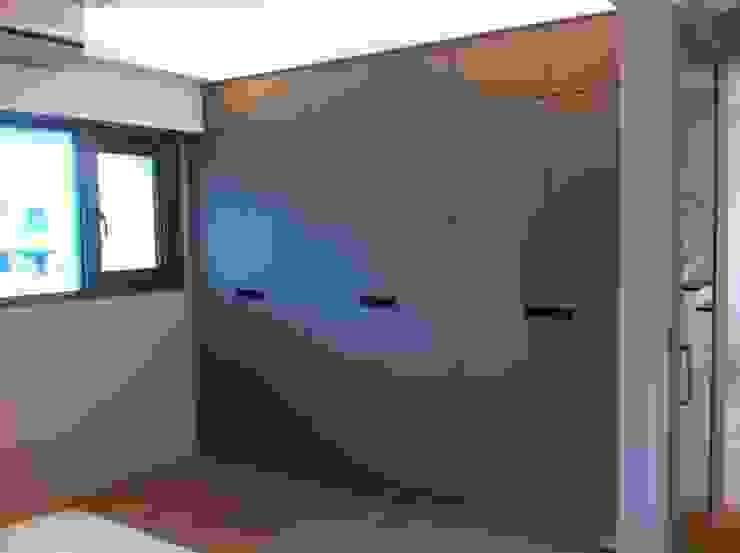 系統衣櫃: 斯堪的納維亞  by 懷謙建設有限公司, 北歐風