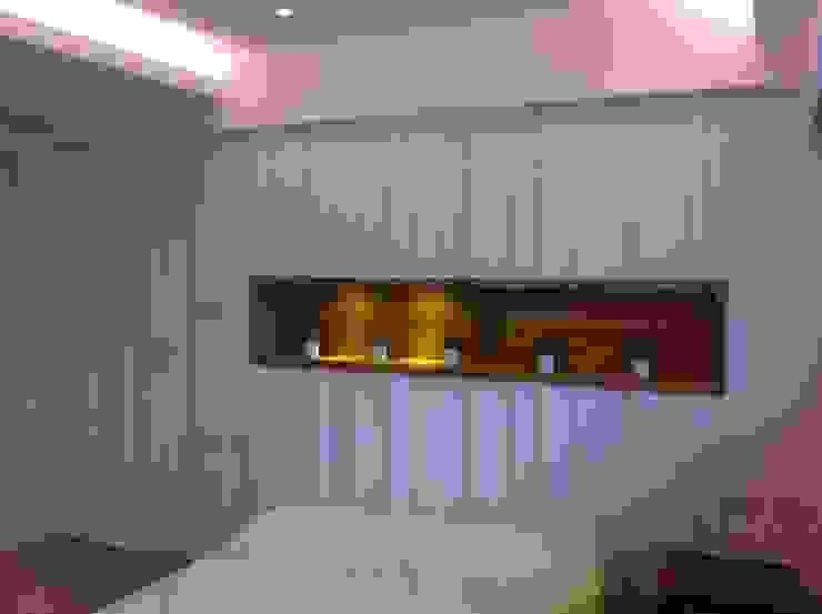 臥室床頭背牆: 斯堪的納維亞  by 懷謙建設有限公司, 北歐風