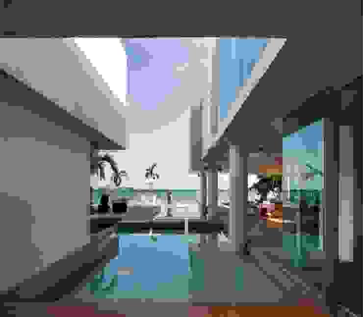 Casa Mar Mallol Arquitectos Piscinas de estilo minimalista