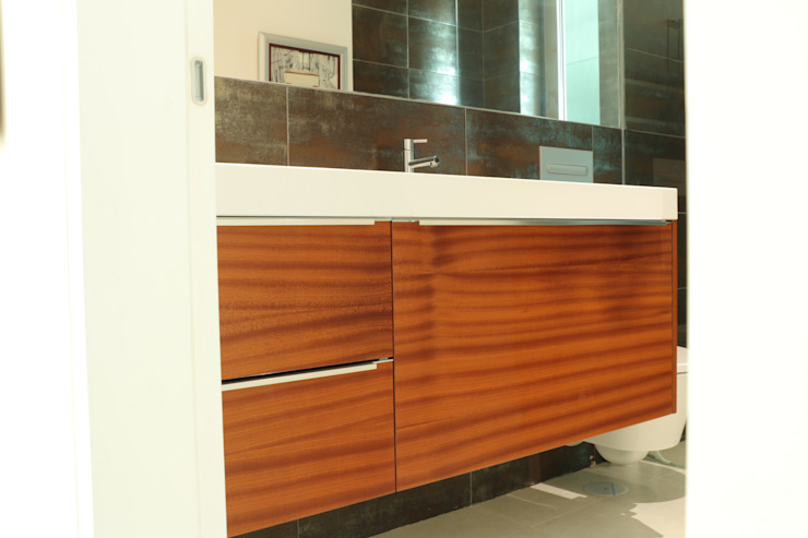 Moderestilo - Cozinhas e equipamentos Lda BathroomStorage Wood Multicolored