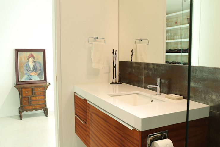 Moderestilo - Cozinhas e equipamentos Lda BathroomStorage Multicolored