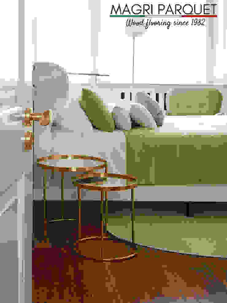 Pavimenti in legno. Tutta un'altra musica. Magri Parquet Camera da letto in stile classico