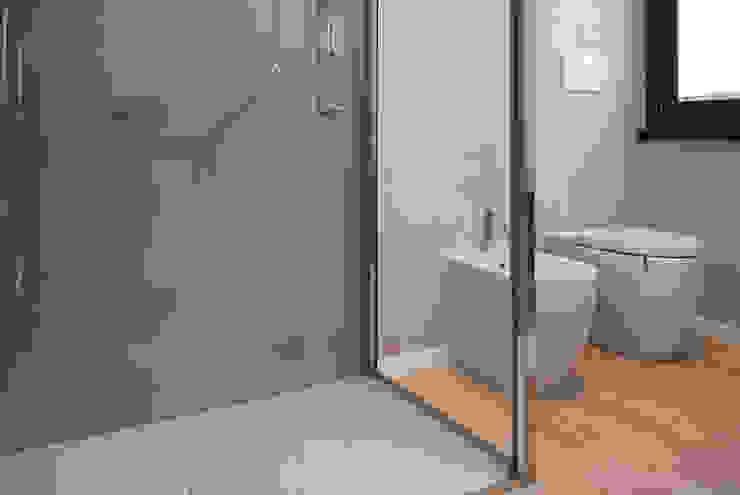 Il bagno Bagno moderno di Margherita Mattiussi architetto Moderno