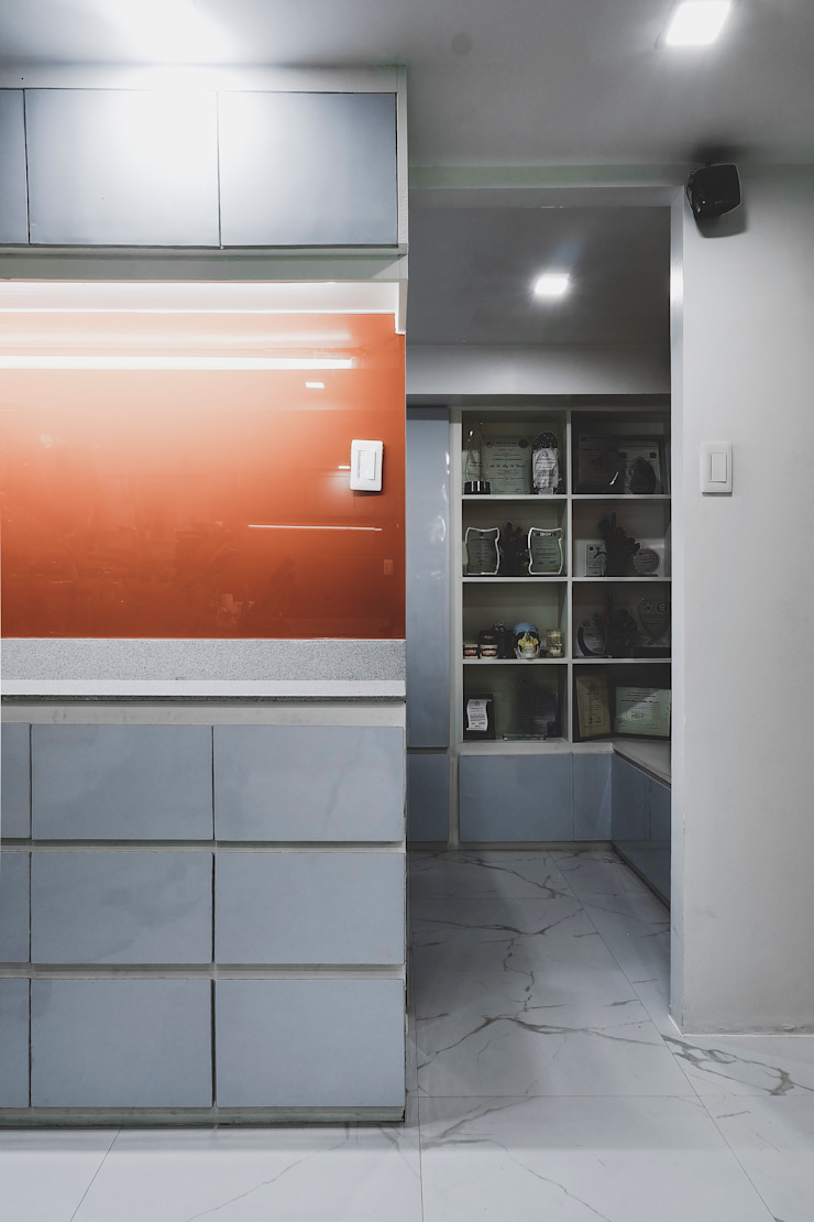 Laced PH by Pluszerotwo Design Studio Modern