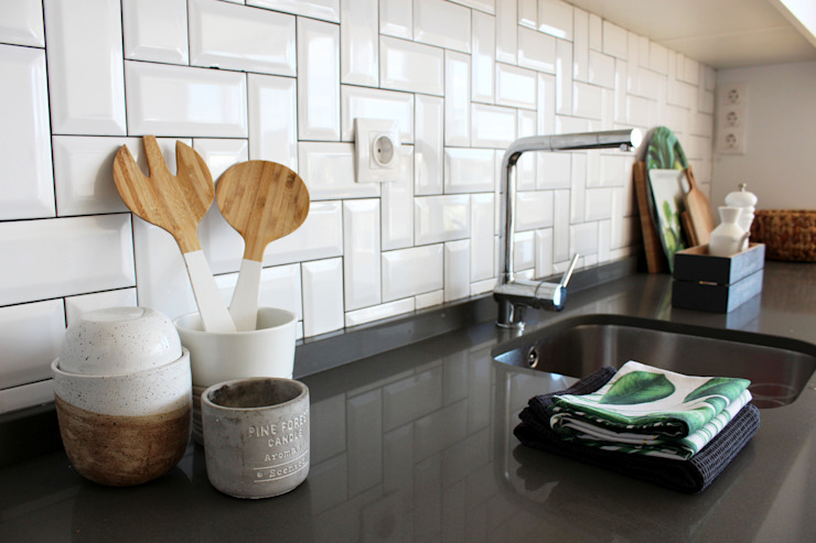 Nhà bếp phong cách Bắc Âu bởi Rima Design Bắc Âu