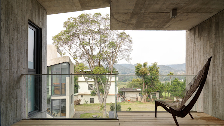 Hiên, sân thượng phong cách hiện đại bởi 形構設計 Morpho-Design Hiện đại