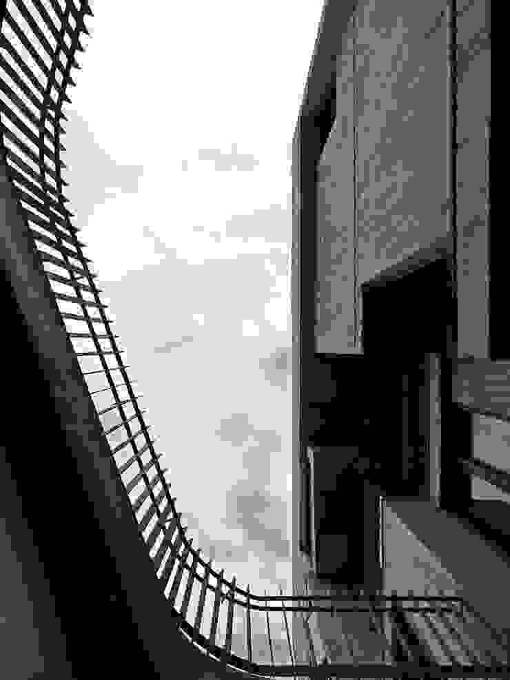 Modern style balcony, porch & terrace by 形構設計 Morpho-Design Modern