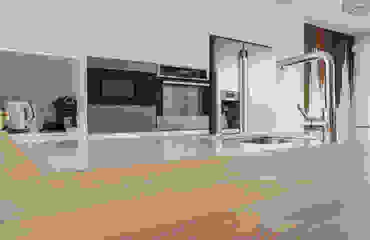 Moderestilo - Cozinhas e equipamentos Lda Built-in kitchens Multicolored