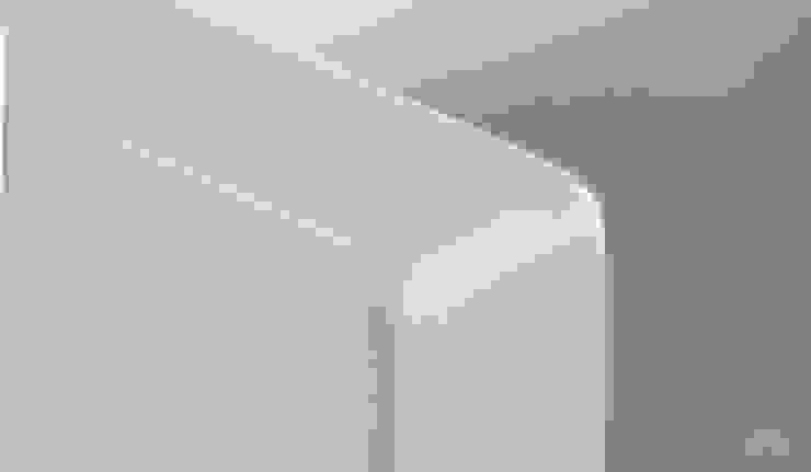 Moderestilo - Cozinhas e equipamentos Lda KitchenStorage White