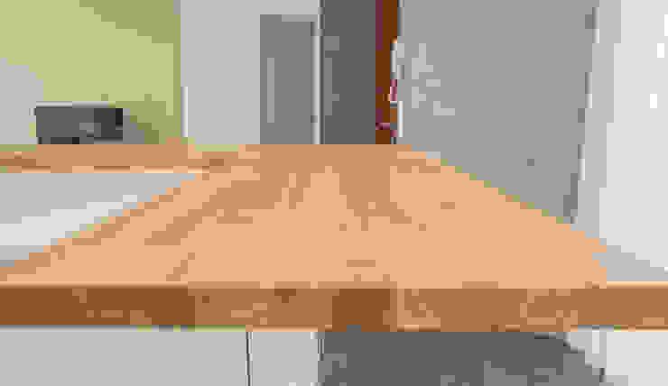 Moderestilo - Cozinhas e equipamentos Lda Built-in kitchens Solid Wood Multicolored