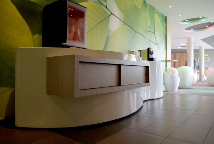 Hotel All Seasons (Ibis Style) Troyes - França by THAT PLACE - Zoom Way Lda. Modern