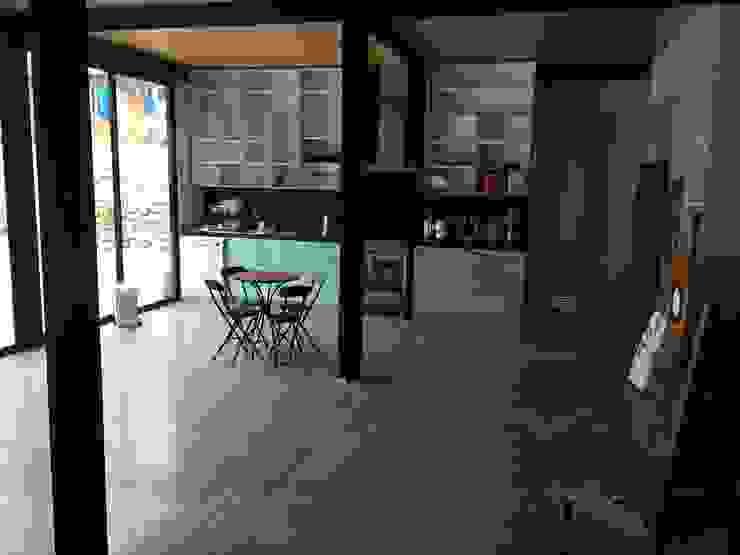 vistas interiores Cocinas de estilo industrial de homify Industrial