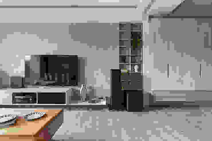 客廳 根據 達譽設計 北歐風 複合木地板 Transparent