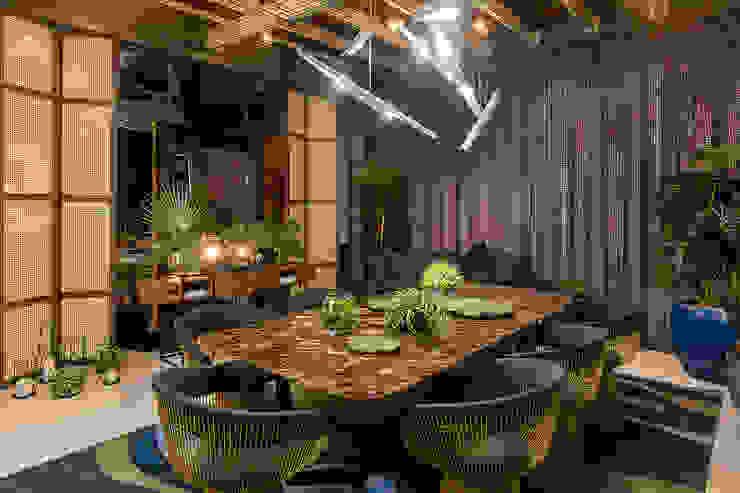 Sala de jantar Salas de jantar rústicas por Espaço do Traço arquitetura Rústico