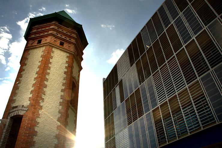 Edificio Tecnología PIT2 ITESM Dintel arquitectura y construcción Oficinas y bibliotecas de estilo moderno Metal Metálico/Plateado