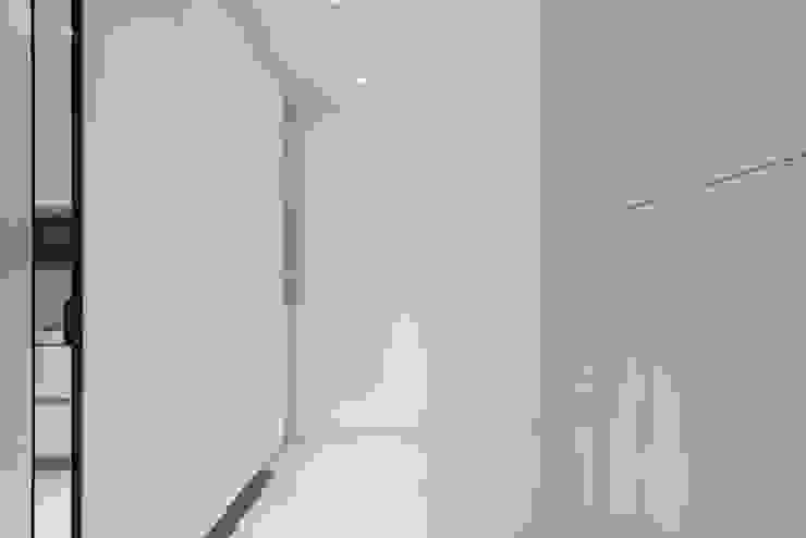 H residence 根據 Fu design 簡約風 塑木複合材料