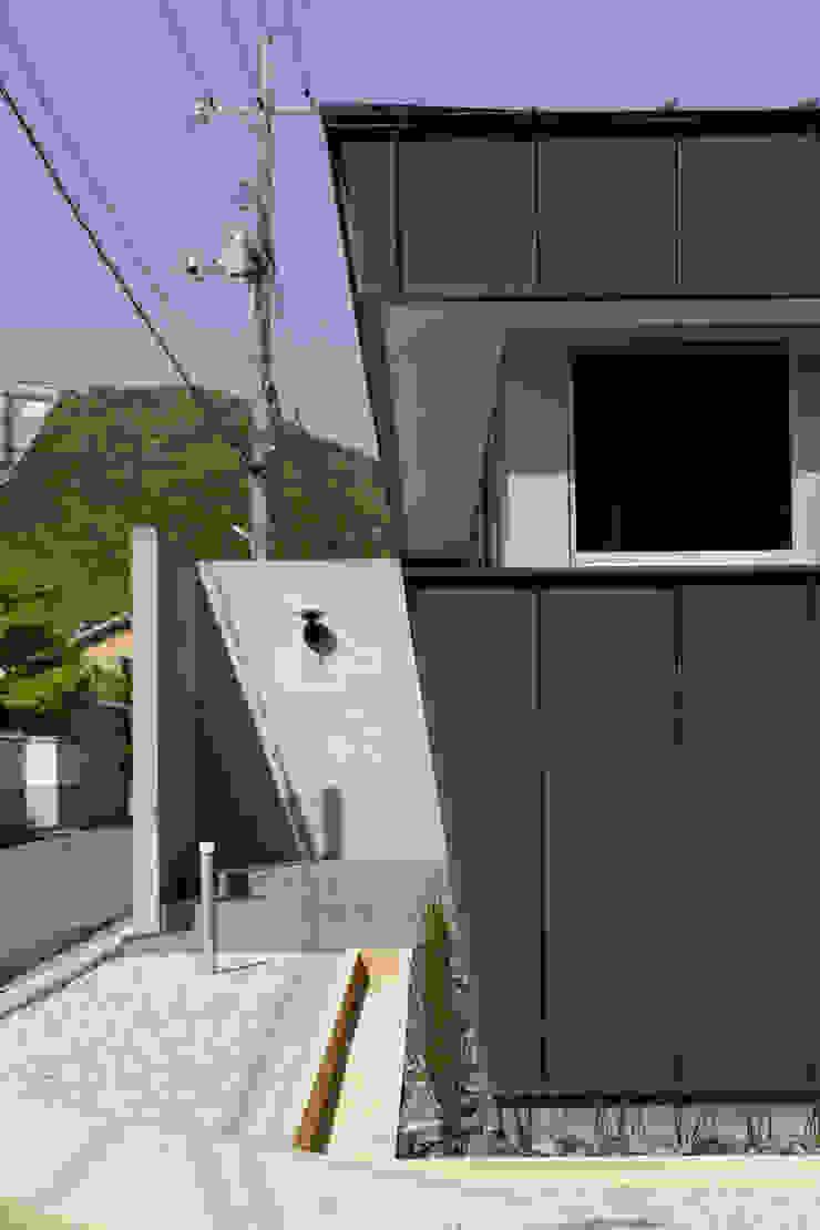 toki Architect design office Walls Reinforced concrete Grey