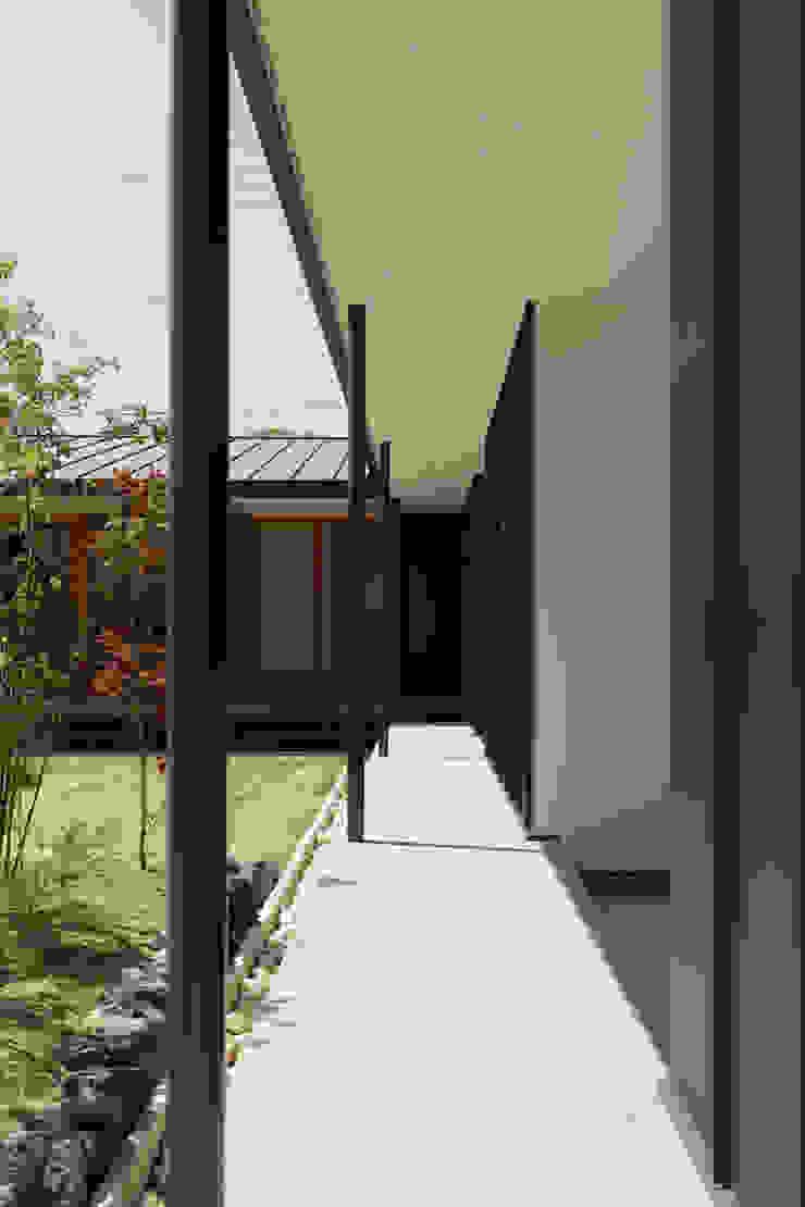 toki Architect design office Wooden houses Iron/Steel Black