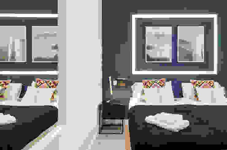 Dormitorio principal de la vivienda de Rafael y Amélie Rez estudio Dormitorios de estilo moderno Azul