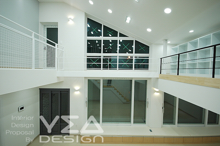 햇볕이 좋은 거실을 위해서: 예아디자인   [주]디자인그룹예아의 현대 ,모던 우드 + 플라스틱