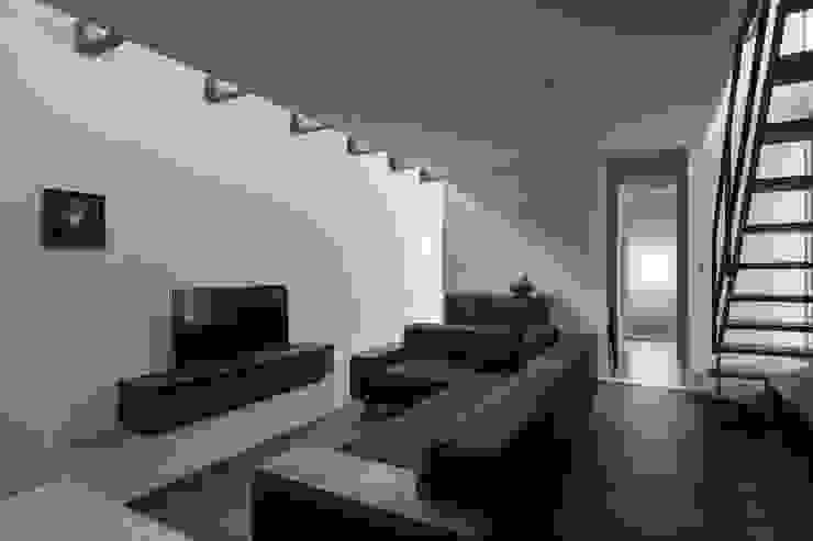 by ALTS DESIGN OFFICE Modern