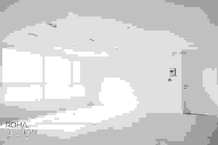 부산 해운대 센텀파크 아파트 인테리어 미니멀리스트 거실 by 로하디자인 미니멀