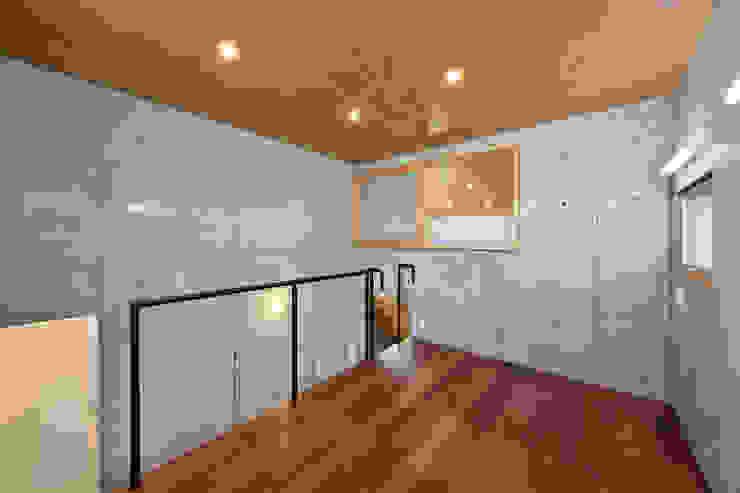 Modern nursery/kids room by プラソ建築設計事務所 Modern