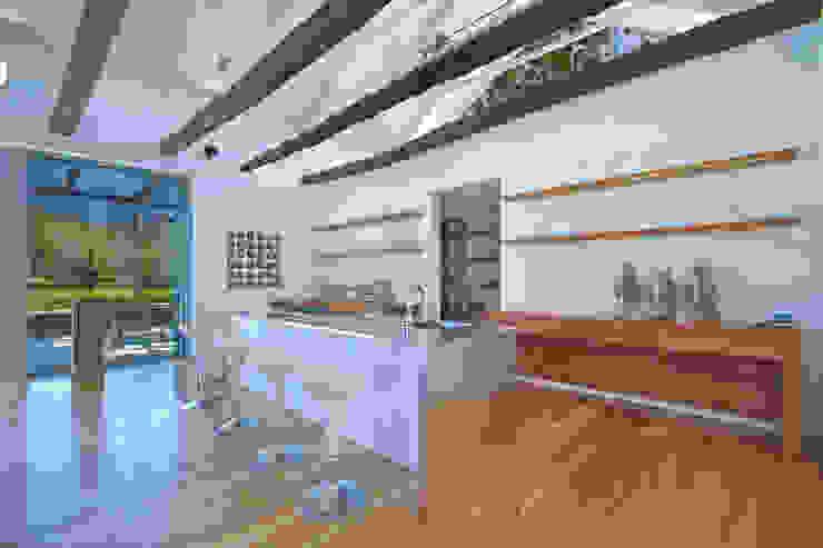 The Kitchen Modern Living Room by Van der Merwe Miszewski Architects Modern Bricks