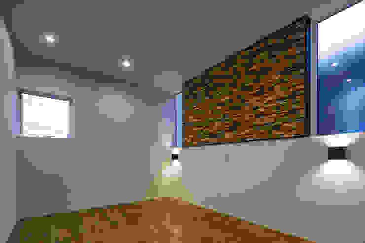 松岡淳建築設計事務所 Modern style bedroom