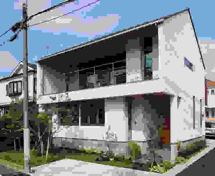 つなぎ梁の家 西島正樹/プライム一級建築士事務所 木造住宅 砂岩 白色
